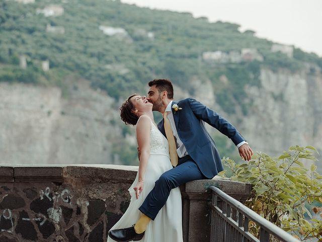 Il matrimonio di Paolo e Chloé a Vico Equense, Napoli 35