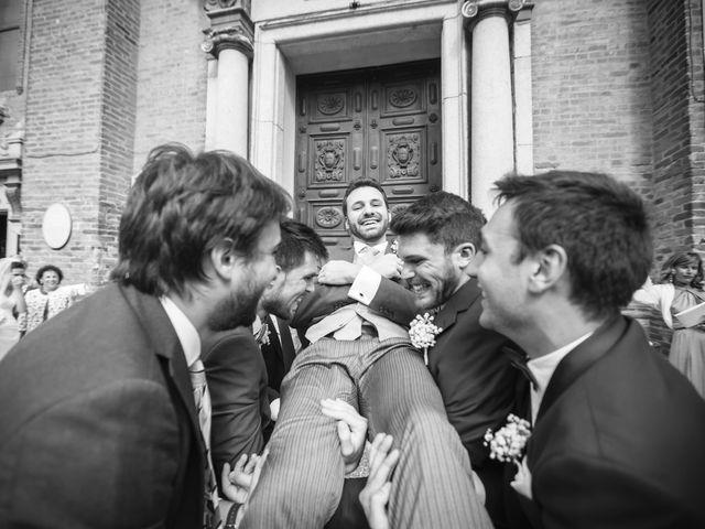 Il matrimonio di Francesco e Sara a Castel San Giovanni, Piacenza 25