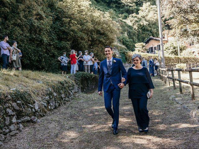 Il matrimonio di Andrea e Myriam a Erba, Como 28