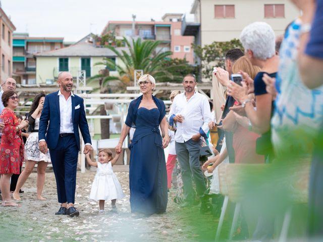 Il matrimonio di Simone e Cristina a Albissola Marina, Savona 39