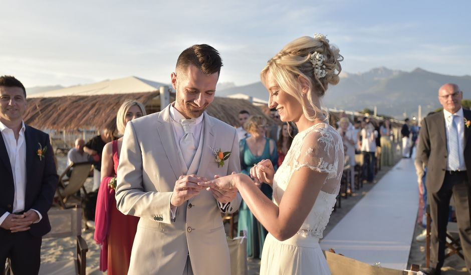Il matrimonio di Marco e Valentina a Montignoso, Massa Carrara