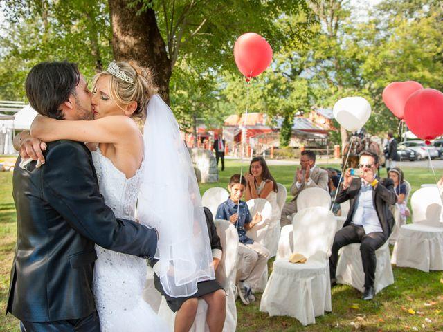 Il matrimonio di Carlo e Tiziana a Cassano Valcuvia, Varese 9