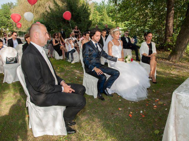 Il matrimonio di Carlo e Tiziana a Cassano Valcuvia, Varese 10
