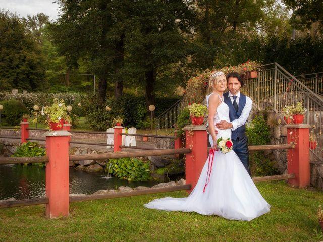 Il matrimonio di Carlo e Tiziana a Cassano Valcuvia, Varese 12