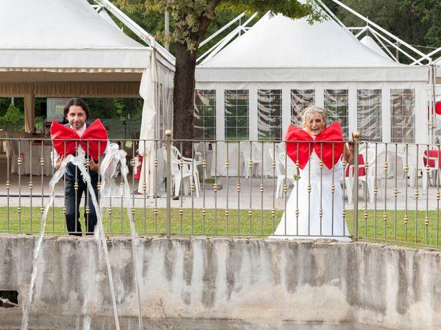 Il matrimonio di Carlo e Tiziana a Cassano Valcuvia, Varese 14