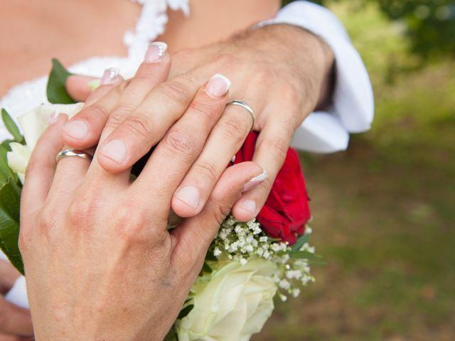 Il matrimonio di Carlo e Tiziana a Cassano Valcuvia, Varese 15