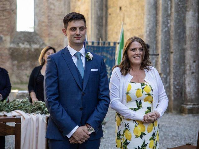 Il matrimonio di Paul e Chiara a Chiusdino, Siena 17