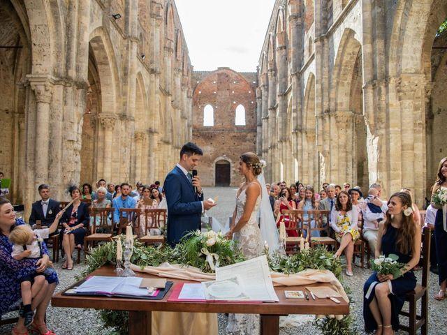 Il matrimonio di Paul e Chiara a Chiusdino, Siena 24