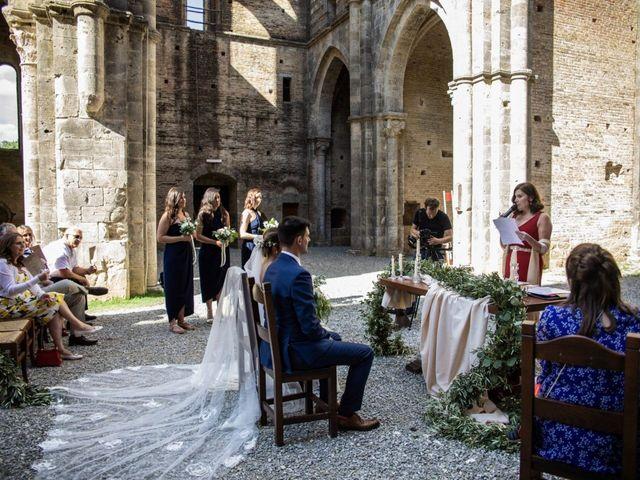 Il matrimonio di Paul e Chiara a Chiusdino, Siena 29