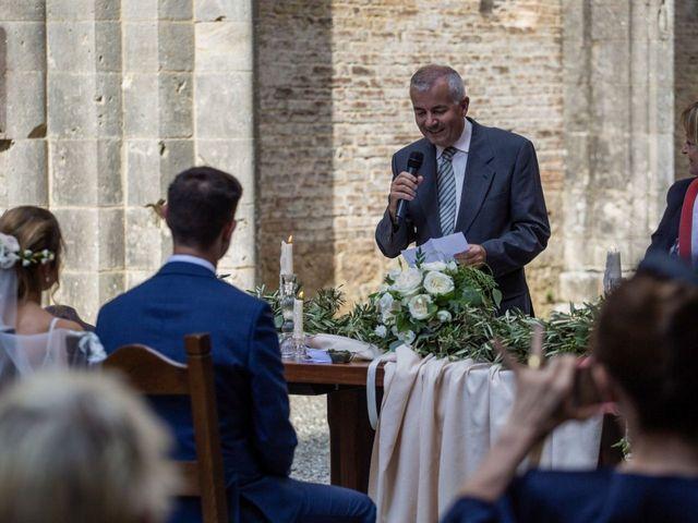 Il matrimonio di Paul e Chiara a Chiusdino, Siena 31