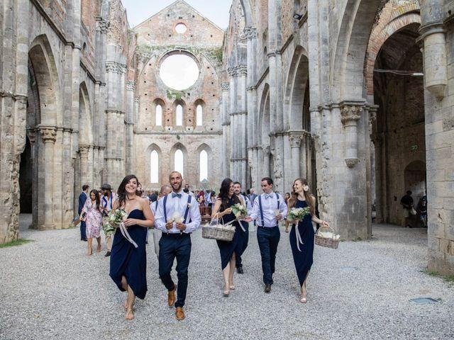 Il matrimonio di Paul e Chiara a Chiusdino, Siena 38
