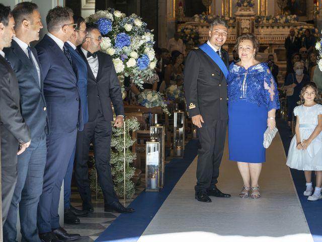 Il matrimonio di Angelo e Anna a Sorrento, Napoli 23