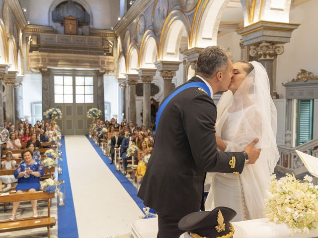 Il matrimonio di Angelo e Anna a Sorrento, Napoli 35