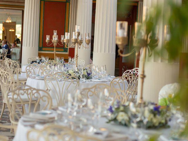 Il matrimonio di Angelo e Anna a Sorrento, Napoli 57