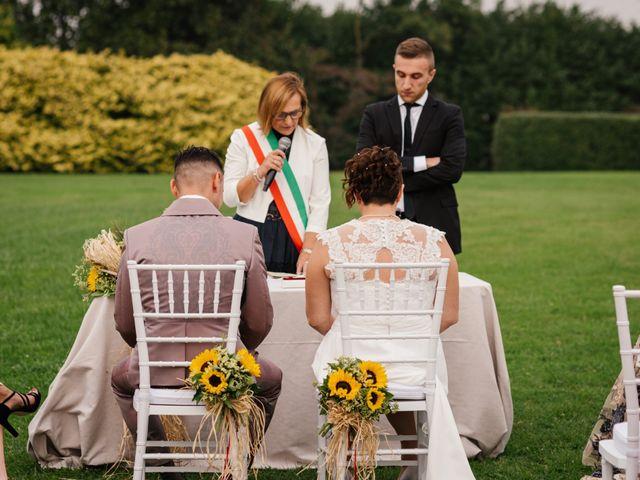 Il matrimonio di Simone e Stefania a Briosco, Monza e Brianza 49