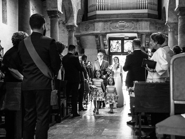 Il matrimonio di Giuseppe e Helga a Vicopisano, Pisa 39