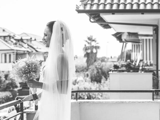 Il matrimonio di Mario e Maria Chiara a Pozzuoli, Napoli 39