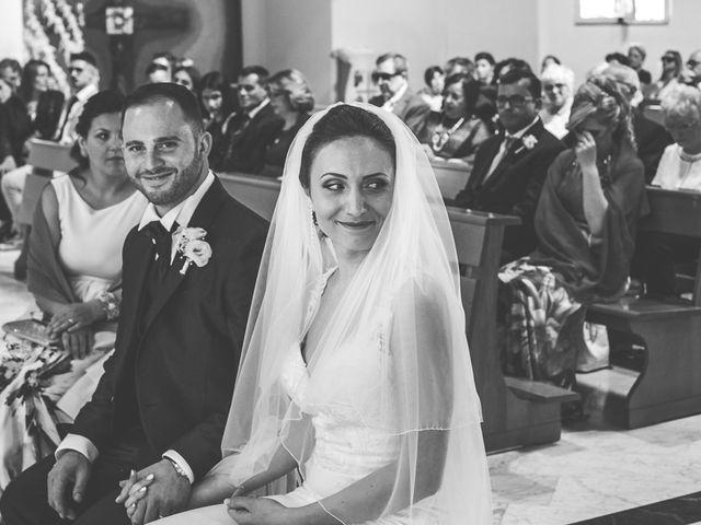 Il matrimonio di Mario e Maria Chiara a Pozzuoli, Napoli 57