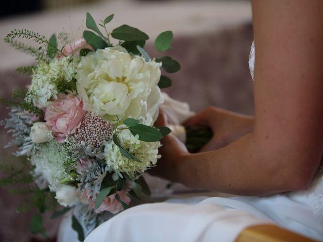 Il matrimonio di Marco e Gaia a Oggiono, Lecco 27
