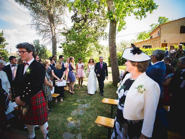 Il matrimonio di Tom e Sarah a Chianni, Pisa 19