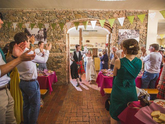 Il matrimonio di Tom e Sarah a Chianni, Pisa 30