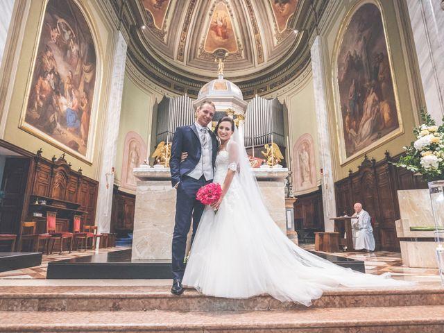 Il matrimonio di Manuele e Martina a Brugherio, Monza e Brianza 36