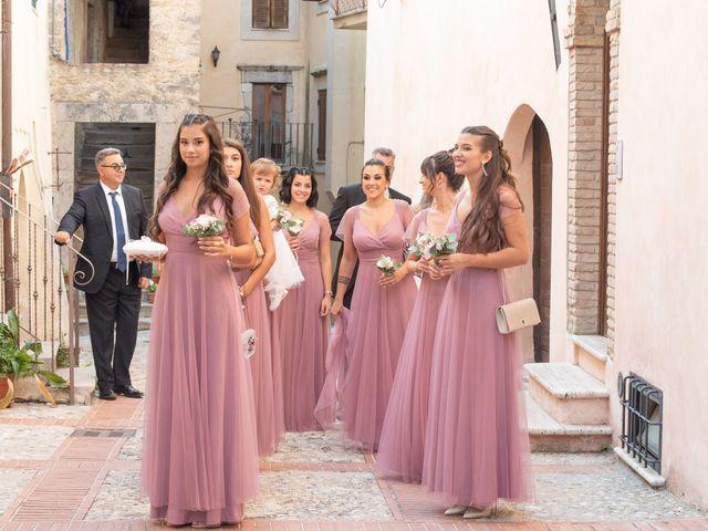Il matrimonio di Ilaria e Marco a Castelnuovo di Farfa, Rieti 16