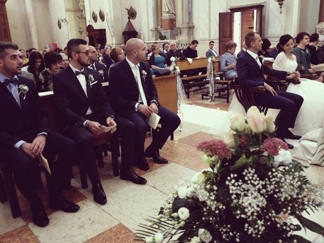 Il matrimonio di Matteo e Lara a Santa Margherita d'Adige, Padova 12