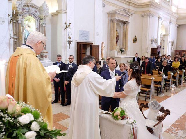 Il matrimonio di Matteo e Lara a Santa Margherita d'Adige, Padova 14
