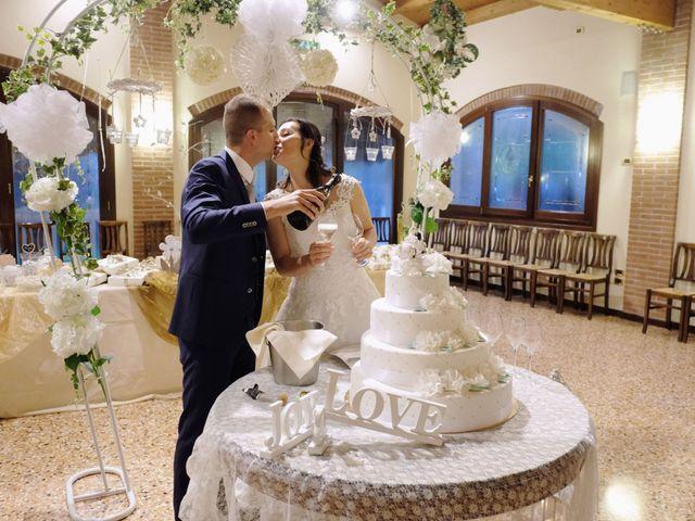 Il matrimonio di Matteo e Lara a Santa Margherita d'Adige, Padova 26