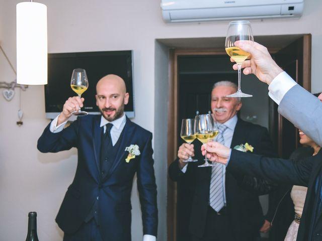Il matrimonio di Luca e Stefania a Vergiate, Varese 23