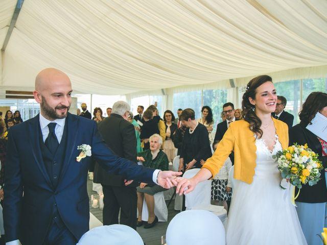 Il matrimonio di Luca e Stefania a Vergiate, Varese 81