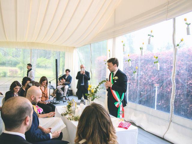 Il matrimonio di Luca e Stefania a Vergiate, Varese 85
