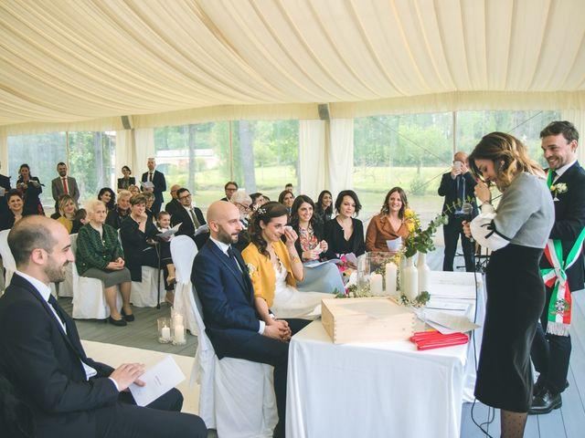 Il matrimonio di Luca e Stefania a Vergiate, Varese 95