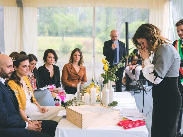 Il matrimonio di Luca e Stefania a Vergiate, Varese 100