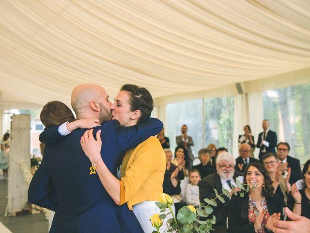 Il matrimonio di Luca e Stefania a Vergiate, Varese 153