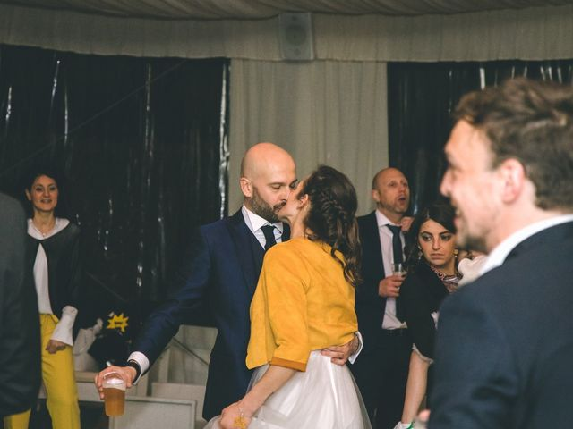Il matrimonio di Luca e Stefania a Vergiate, Varese 394