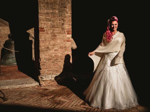 Il matrimonio di Tiziano e Laura a San Gimignano, Siena 10