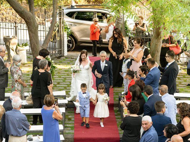 Il matrimonio di Alessia e Giuseppe a Acireale, Catania 11