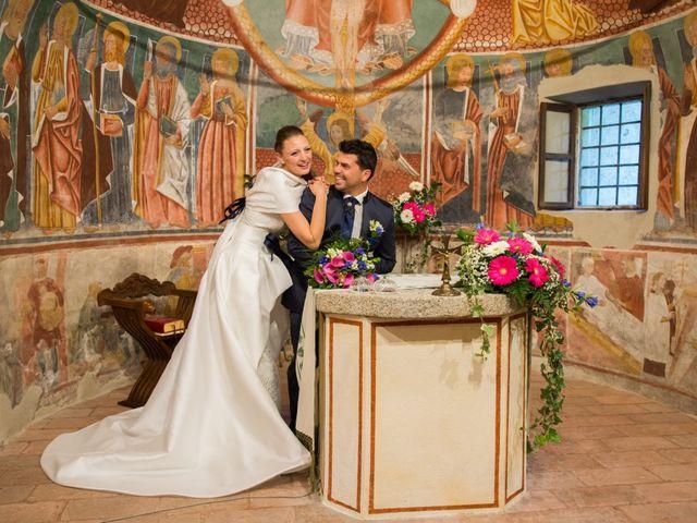 Il matrimonio di Marco e Sabrina a Momo, Novara 18