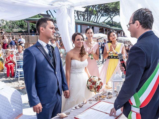Il matrimonio di Enrico e Denis a Follonica, Grosseto 9