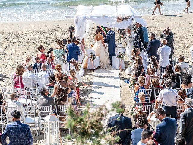 Il matrimonio di Enrico e Denis a Follonica, Grosseto 14