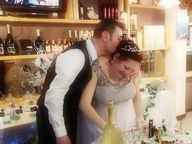 Il matrimonio di Vincenzo  e Angela a Legnano, Milano 6