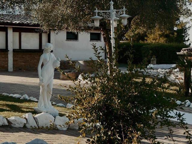 Il matrimonio di John e Yao a Ostra Vetere, Ancona 35