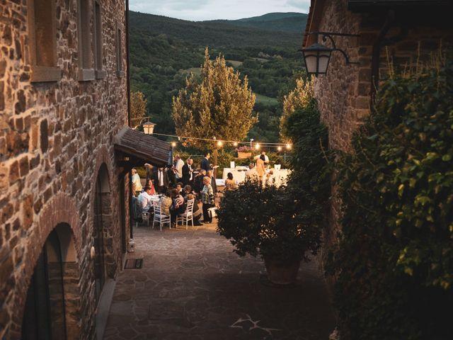 Il matrimonio di Leonardo e Alessandra a Castel Focognano, Arezzo 38