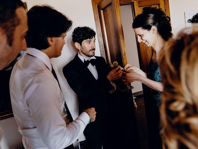 Il matrimonio di Mirco e Viola a Poggio a Caiano, Prato 13