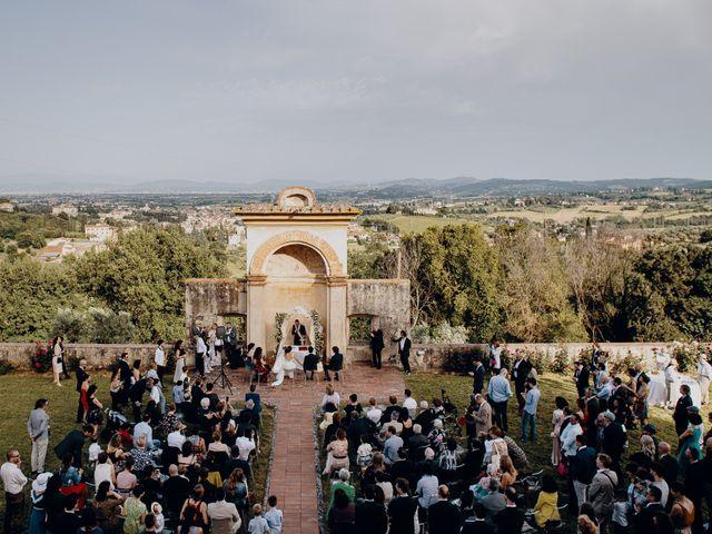 Il matrimonio di Mirco e Viola a Poggio a Caiano, Prato 16