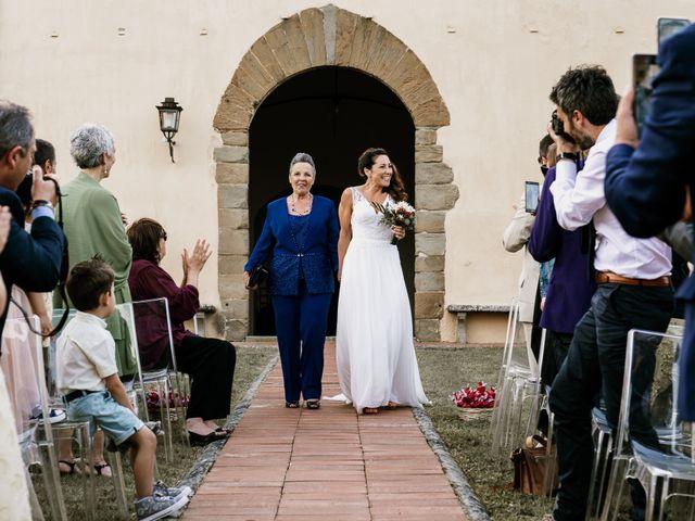 Il matrimonio di Mirco e Viola a Poggio a Caiano, Prato 17