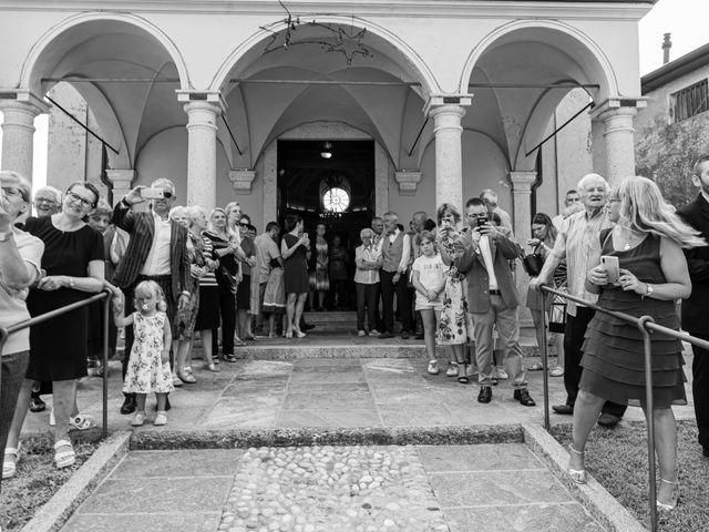 Il matrimonio di Andrea e Ines a Lesa, Novara 11