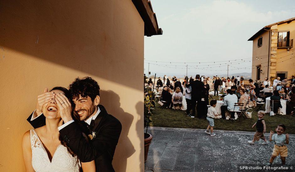 Il matrimonio di Mirco e Viola a Poggio a Caiano, Prato